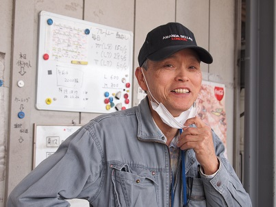 収穫管理の森川さん 優しい笑顔に癒されます。